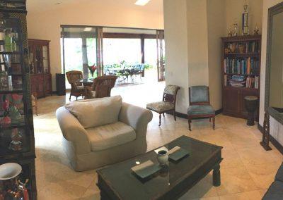 Villa Cinco Front Room