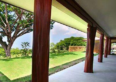Villa Quatro Backyard